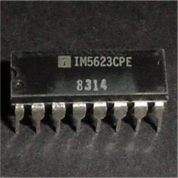 IM5623 (82S129)