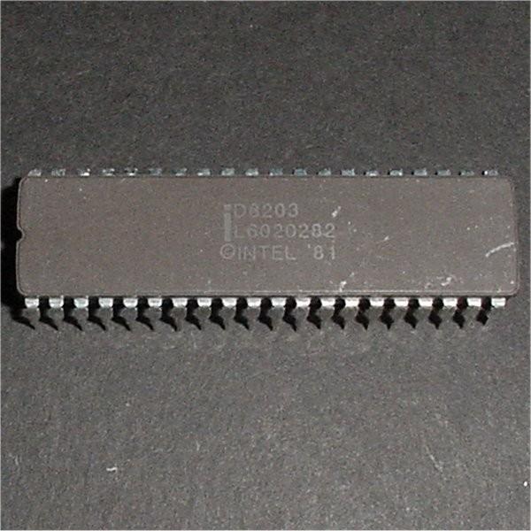 D8203